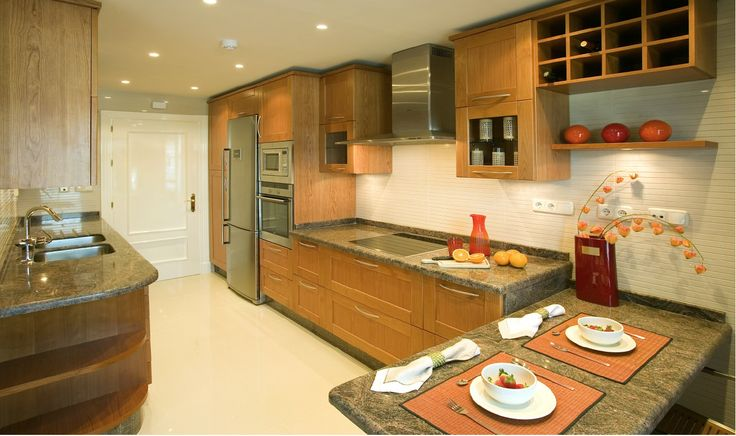 Kitchen with SIEMENS appliances.
