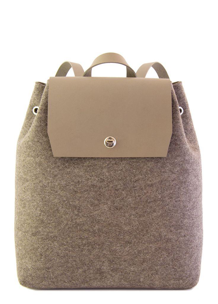 Grey felt BACKPACK - felt and leather - made in Italy #woolfelt #designerbag