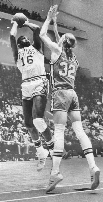 Piston's Bob Lanier goes up for a shot Jan. 23, 1975. The Detroit News