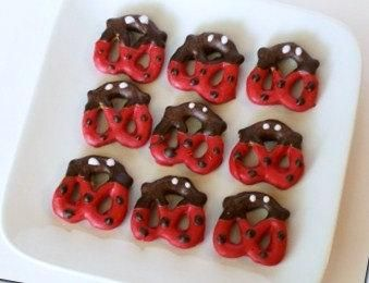 Chocolate Covered Ladybug Pretzels - 2 dozen - parties birthday holiday red brown - made to order by Chocolatecoveredladybugs for $17.99
