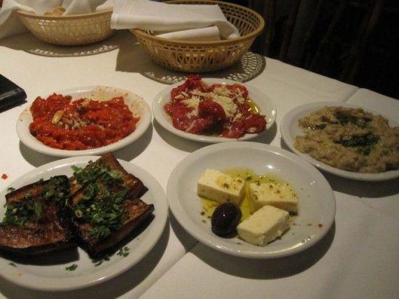 Best Vegetarian Restaurants in town  http://www.neverendingvoyage.com/best-vegetarian-restaurants-in-buenos-aires/