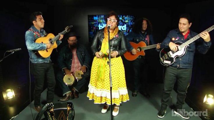 La Santa Cecilia - Amar y vivir (Billboard Live)