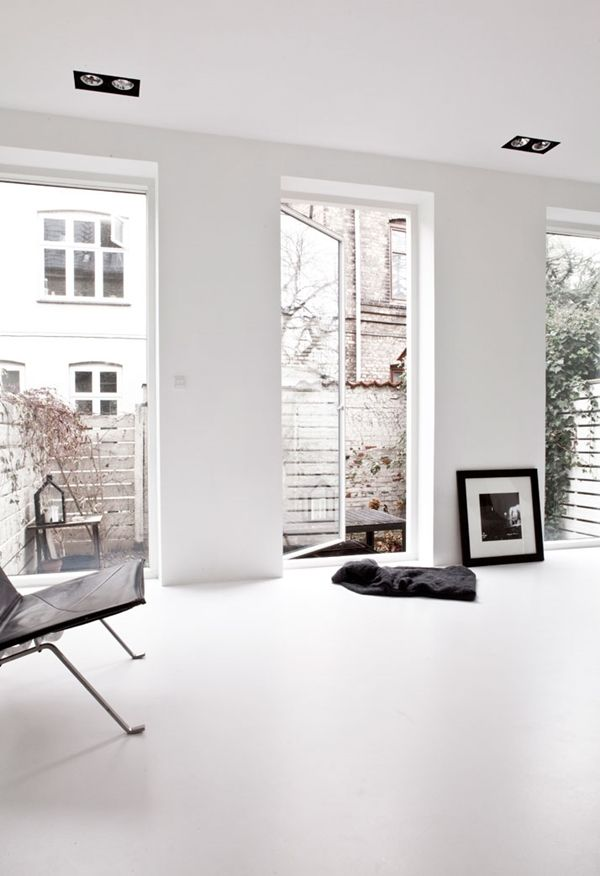 Natural rubber flooring.Conversion of Old Townhouse in København Norm. Architects, photography by Jonas Bjerre-Poulsen 2013