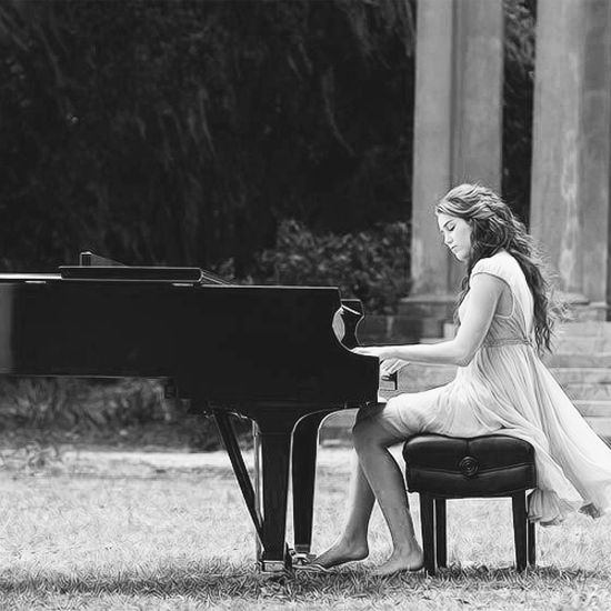 25+ Best Ideas About Piano Senior Pictures On Pinterest