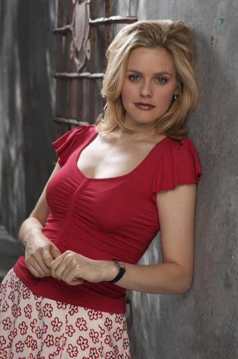 Алисия Сильверстоун родилась 4 октября 1976