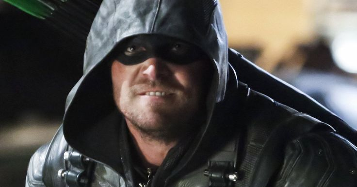 'Green Arrow' Movie Won't Happen Says Stephen Amell -- 'Arrow' star Stephen Amell explains why DC and Warner Bros. aren't interested in bringing Oliver Queen to the big screen. -- http://movieweb.com/green-arrow-movie-not-happening-stephen-amell/