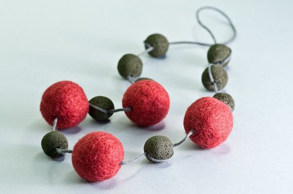 Beaded Felt Necklace / Chunky Long Necklace Gift For by DevikaFelt, €18.00