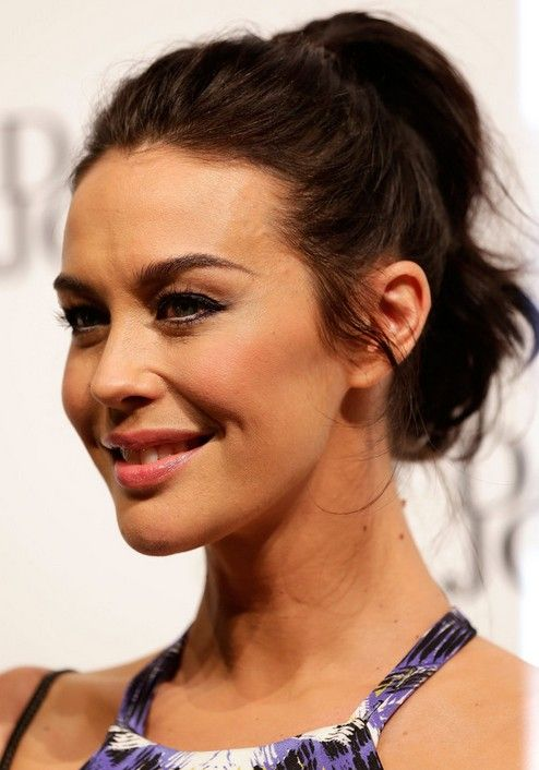21 Megan Gale Hairstyles- Megan Gale Hair Pictures – Latest Bob HairStyles
