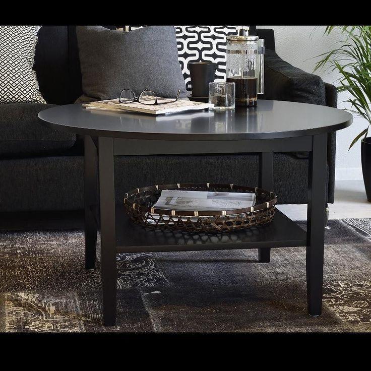 Ebba soffbord är ett modernt soffbord med praktisk hylla för extra förvaring. Finns i svart- eller vitlack samt runt eller kvadratiskt utförande. ---------------------------------------------------- Ebba coffee table is a modern coffee table available in black or white lacquer#rowico . . . . . . #scandinaviandesign #scandinavianstyle #nordicdesign #furniture #nordicstyle #scandinavianliving #interior123 #finahem #finehjem #interior #inredningsdetaljer #interiorwarrior #inredning…