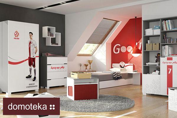 Teraz możesz odmienić swój pokój z każdym z powyższych reprezentantów powołując ich do własnej kadry! Kolekcja wykonana na oficjalnej licencji PZPN. Wykonane perfekcyjną techniką grawerowane hasła,logo polskiej reprezentacji, czy wzór piłki to domena mebli Meblik z detalami najlepszej jakości.