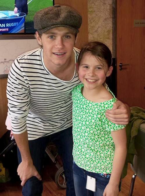 Niall horan with a fan