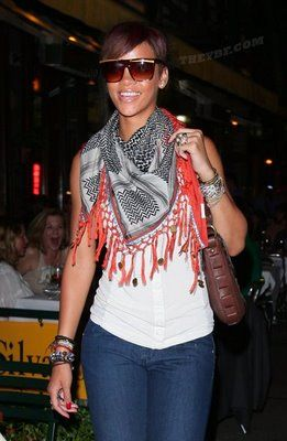 fringe: Summer Scarves, Fashion Scarves, Scarfs Fashion, Summer Scarfs, Scarves Lov, Tanks Tops, Scarves Hats, Fashion Accessories, Rihanna Summer