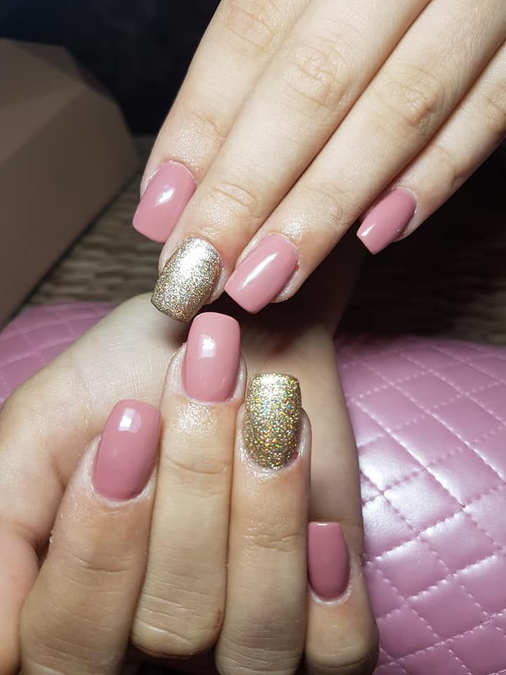 Nail Design Pink And Gold Glitter With Images Pink Nail