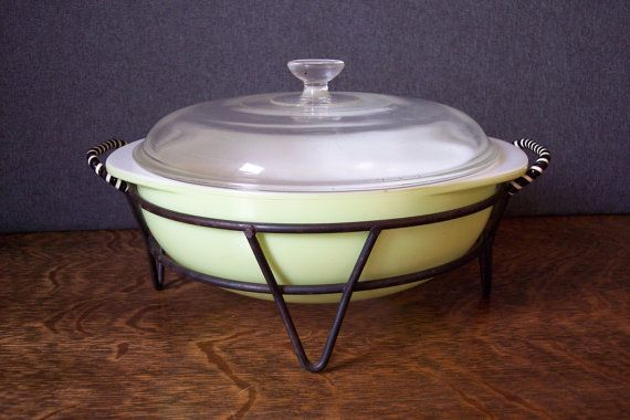 Vintage Pyrex Casserole Dish in Cradle Lime by SherwoodVintage