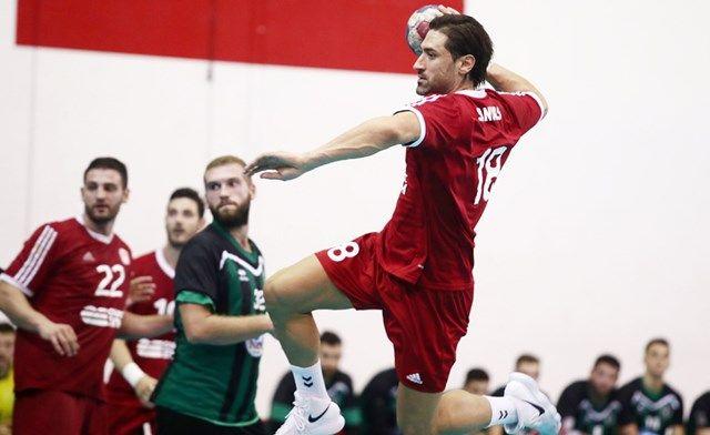 Λήξη 1ου ημιχρόνου ΑΕΚ-Ολυμπιακός 11-10 για την #Handball_Premier. Κατάφερε να μαζέψει η ομάδα μας τη διαφορά (ήταν πίσω με 4 τέρματα). Ας ελπίσουμε πως στο δεύτερο ημίχρονο θα καταφέρει η ομάδα μας να επικρατήσει στο ντέρμπι της 4ης αγωνιστικής. #Red_White #aek #Olympiacos