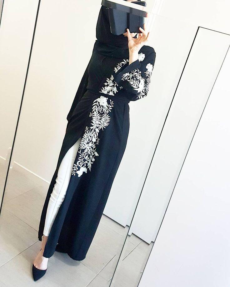 @poplook Deevin Embroidered Floral Cardigan in Black ✴♥ #poplookootd