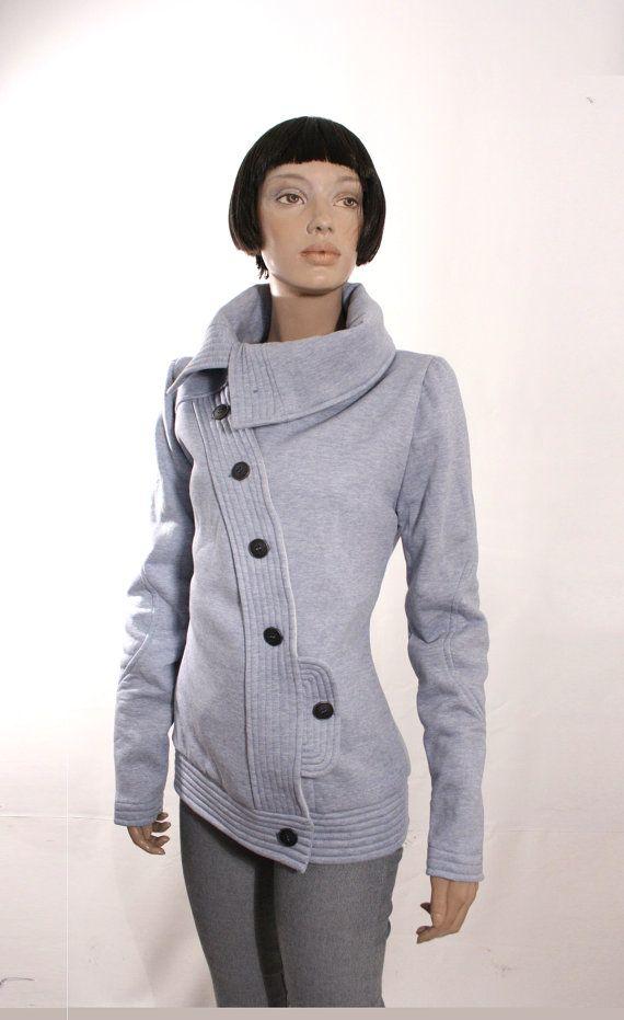 Chaqueta OTOÑO, chaqueta azul, chaqueta abotonada entretiempo,entallada,original, con botones en diagonal, bolsillo lateral, gran cuello