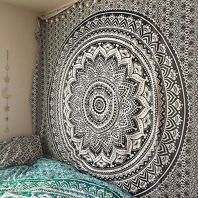 25 beste idee n over indische mandala op pinterest indiaas borduurwerk indiase patronen en. Black Bedroom Furniture Sets. Home Design Ideas