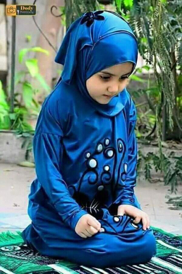 Muslim Girl In Hijab Wallpaper Pin By Hoda Nofal On أطفال Baby Hijab Muslim Baby Names