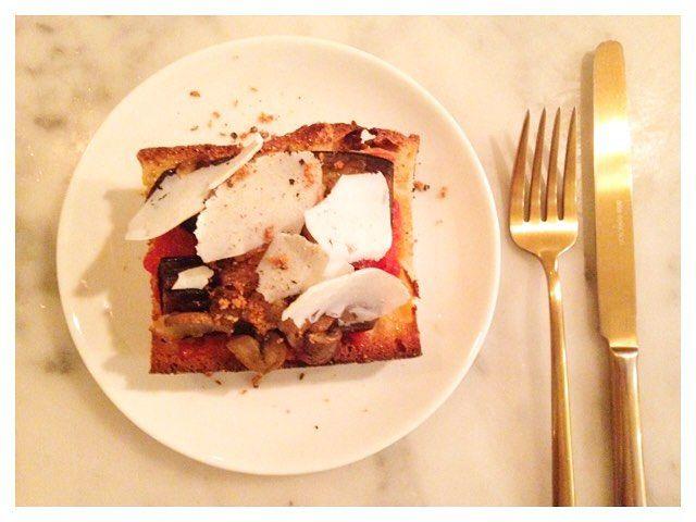 Bruschetta maison sauce tomate au basilic aubergine grillée quelques shiitakés et ricotta #eattheground In love with my new cutlery  by eattheground at http://ift.tt/1hCWVmI
