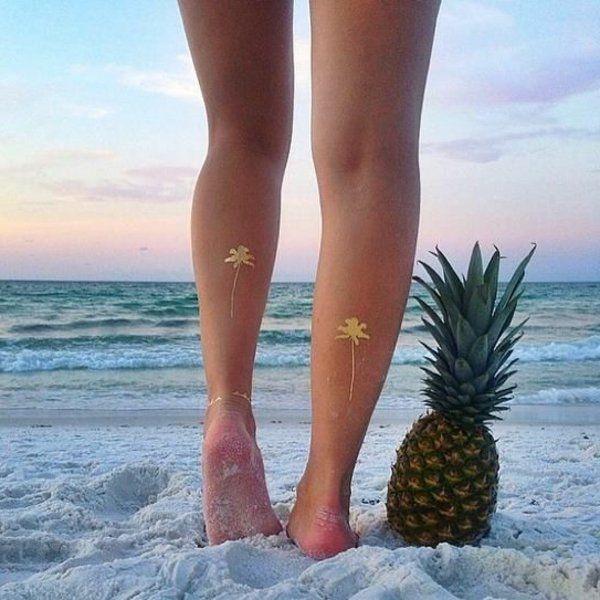 Henné - ananas - tatouage - mer - été - coucher de soleil - plage