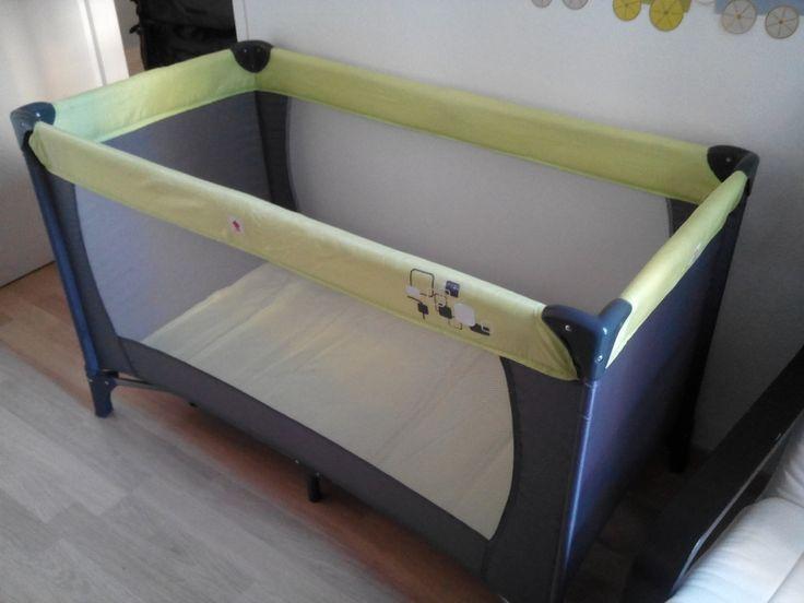 les 25 meilleures id es concernant matelas pour lit parapluie sur pinterest lit parapluie bebe. Black Bedroom Furniture Sets. Home Design Ideas