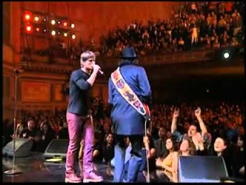 Santana      --      Smooth    [[  Official   Live  Video  ]]  ft. Rob Thomas makes me wanta'......dance
