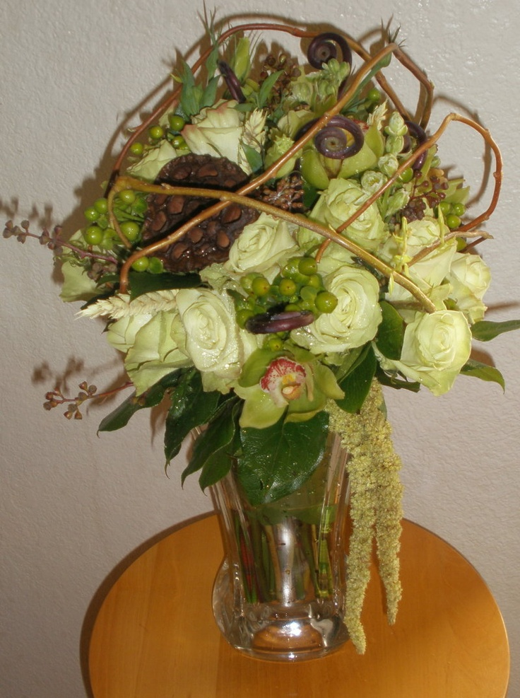 Better Picture Of Habitat Bouquet But Not Capturing It In Its Glory Loved Caging With Curly Willow By Laurie M
