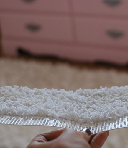 DIY shag rug for a dollhouse