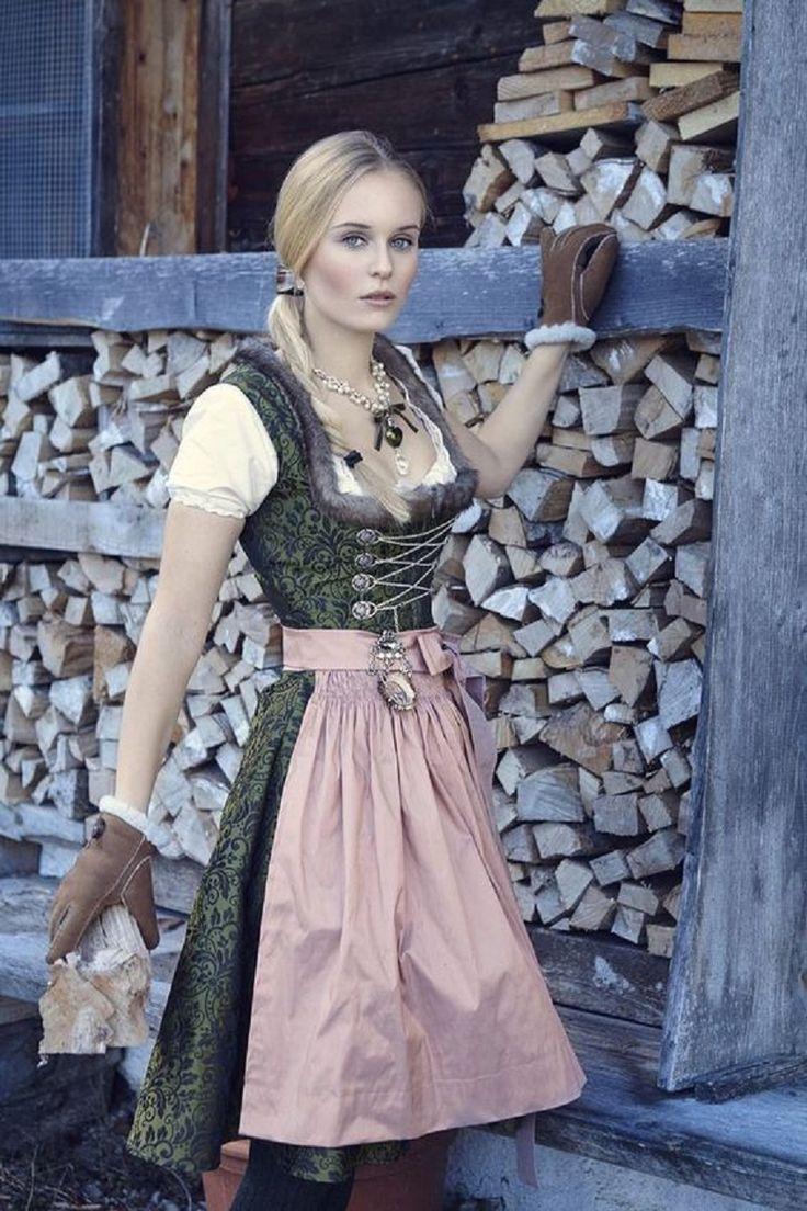 84 best German dress images on Pinterest | Oktoberfest, Dirndl ...