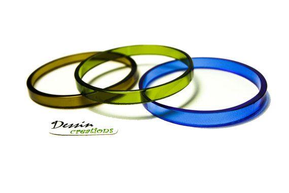 ONE Custom Color  Wine Bottle Bangle Bracelet by DessinCreations