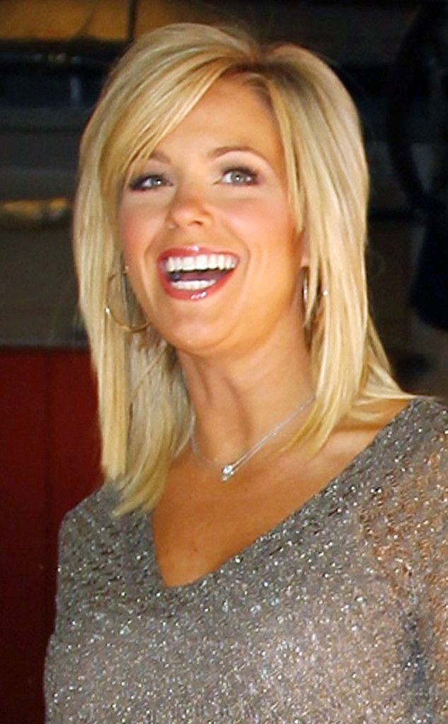 Bangs Bangs from Kate Gosselin's Hair Through the Years  Kate refreshes her mane with shorter bangs and face-framing layers, but keeps the length consistent.