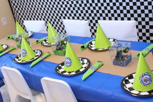 monster truck party ideas | Monster Truck Birthday Party + Dessert Table - Spaceships and Laser ...
