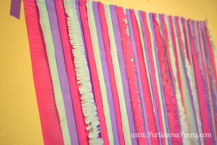 84 best baby shower images on pinterest princess baby for How to make a balloon and streamer backdrop