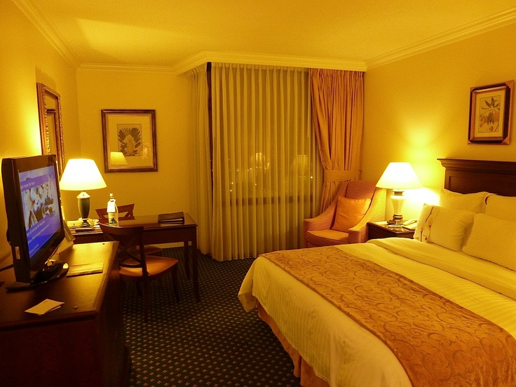 Dec 14, 2012. The Marriott Lisbon is a good business hotel. It is located very close to the airport, with several metro stations close by: