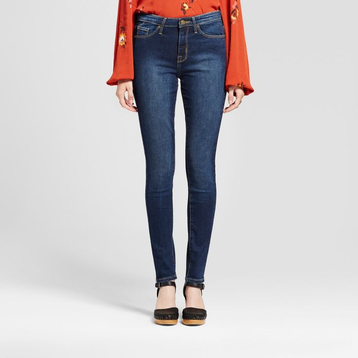These High-Rise Skinny Jeans from Mossimo™ will quickly become one of your go-to's with the versatile design. In a high-rise silhouette with a skinny/slim fit, the light-wash jeans mix in easily with a variety of looks all through the year. Pair them with a tee or tucked-in blouse in the warmer seasons and a sweater or cardigan when it gets cool out for a style you can sport both day and night.