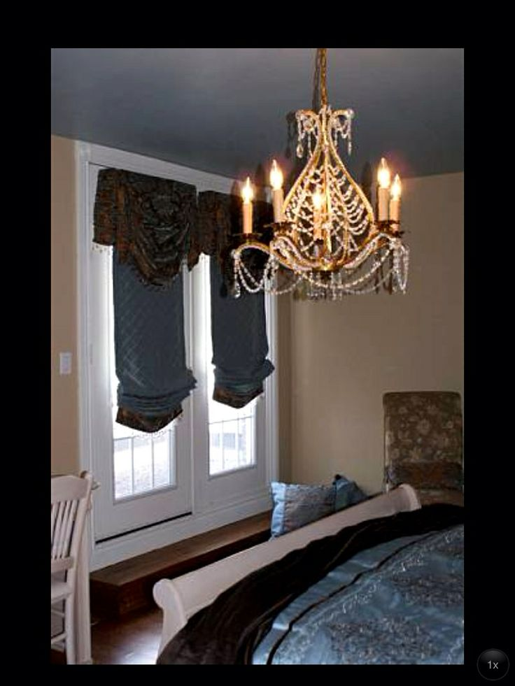 Custom drapery for this guest bedroom!! Beautiful Romans with valances over top