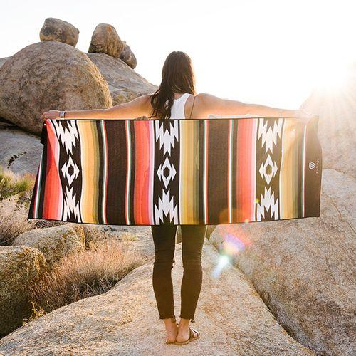 Villanueva yoga towel