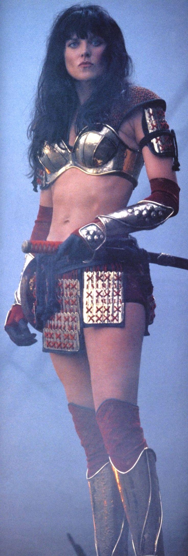 Xena - Golden Bikini armor, FIN