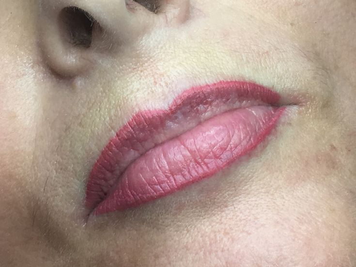 This lady was a lip blush top up, she wanted something a little pinkier than last year this will heal around 30% softer in 6 weeks time 💕💋