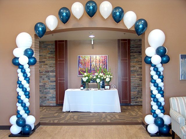 15 best graduation arch images on pinterest arch bows for Balloon decoration graduation