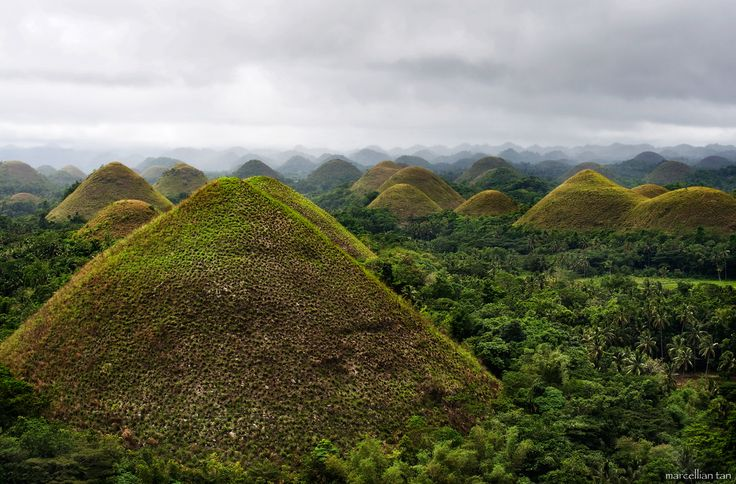 Awesome Chocolate Hills! Wanna see!
