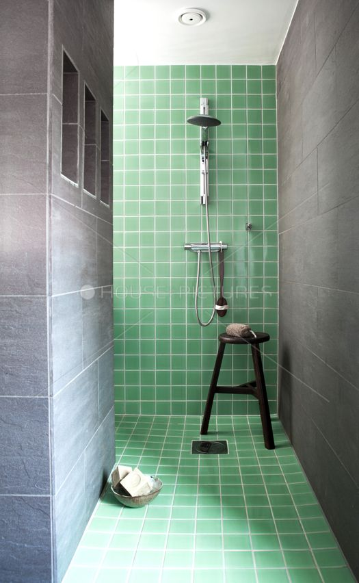 Best 25 Mint Green Bathrooms Ideas On Pinterest Mint Green Rooms Mint Green And Mint Green Walls