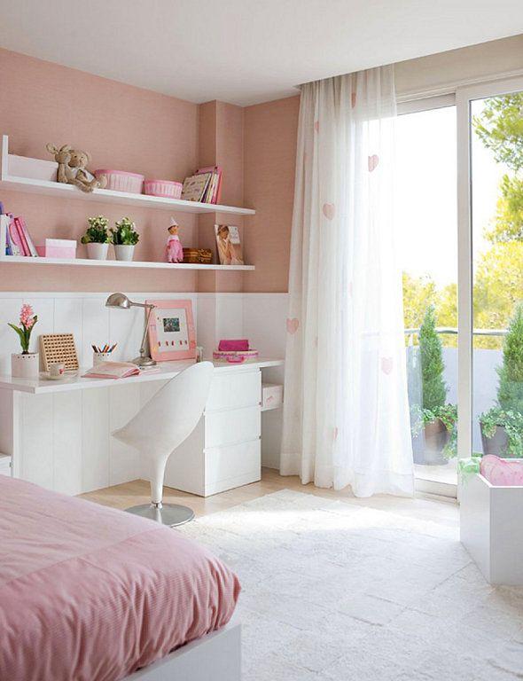 idea para habitacion de Martina con comoda Malm ikea y tablero+ estantes a medida