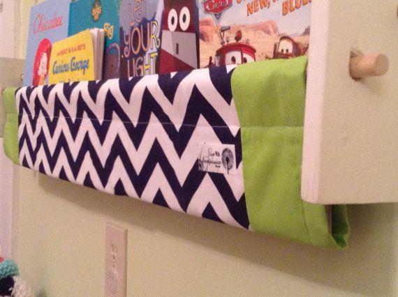 Playroom storage Book Slings  Navy Chevron par ShopWithCompassion