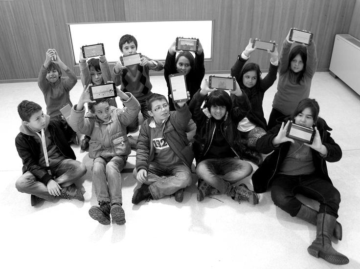 Agrupamento de Escolas João Roiz mostra os seus projetos TIC nos tablets - em Cybercentro CB.