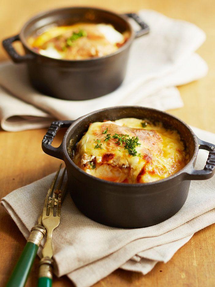 ホワイトソースの代わりにヨーグルトを使った、グルテンフリーのラザニア。豆腐に焼き目をつけることで、パスタのような歯ざわりに。これならたくさん食べてもOK。|『ELLE a table』はおしゃれで簡単なレシピが満載!