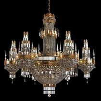 Classic style chandelier (crystal)