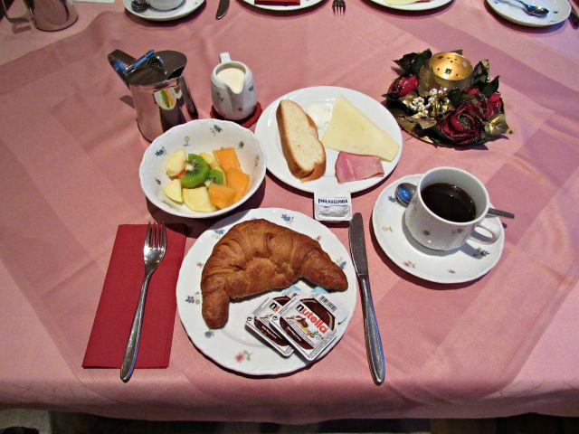 Café da manhã no Hotel Hollander-Hof em Heidelberg na Alemanha