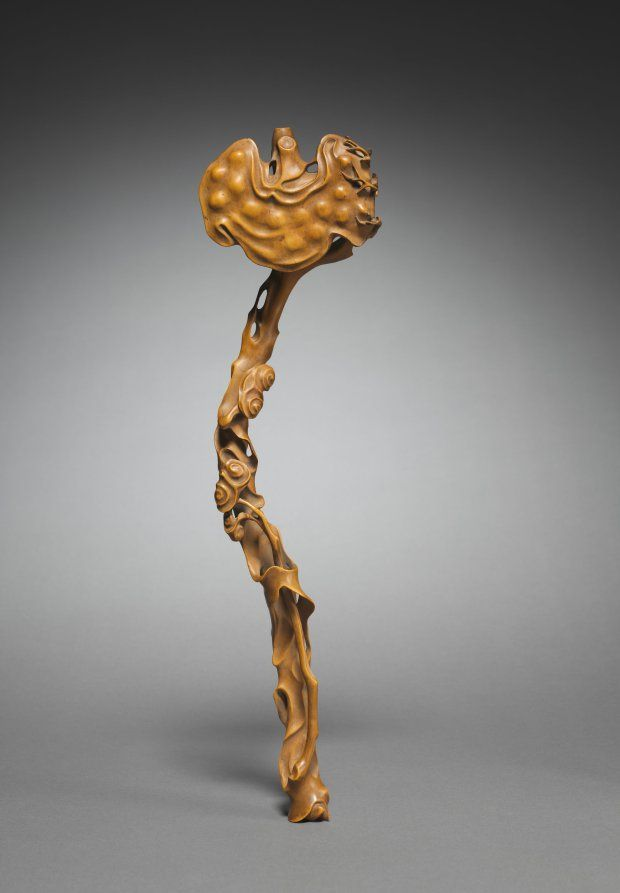 Scepter in the Shape of a Ruyi Fungus, 1700s China, Qing dynasty (1644-1911) carved boxwood